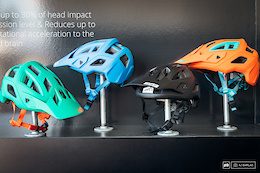 Leatt DBX 3.0 All-Mountain Helmet – First Look – Sea Otter 2017