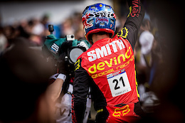 Devinci Rallies Behind Stevie Smith Legacy Foundation