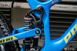 Phil Atwill's Propain Rage Carbon - Bike Check