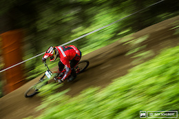 Sunday is Race Day: IXS European Downhill Cup 3 - Photo Epic and Video