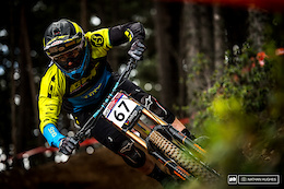 Practice and Qualifying Action - Vallnord DH World Cup 2017 - Video