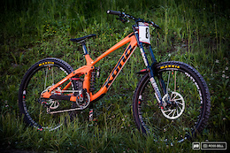 Connor Fearon's Kona Operator - Bike Check
