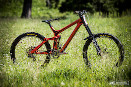 Bike Check: Vaea Verbeeck's Rocky Mountain Maiden