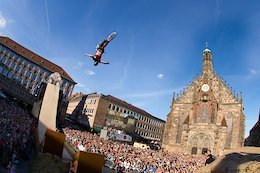Watch the Battle for Red Bull District Ride Live