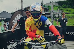 Fast Life With Loic Bruni: Episode 5 - Video