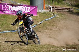 Qualifying Action from Les Carroz - French Downhill Championships 2017