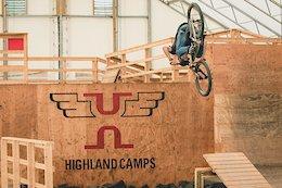 """Chris """"Swiss"""" Raeber Flows Highland Mountain Bike Park - Video"""