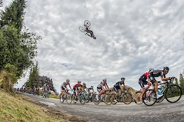 Szymon Godziek Backflips Tour de Pologne On a Road Bike - Video