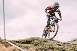 Steve Peat Syndicate at the 'Ard Rock Enduro - Video