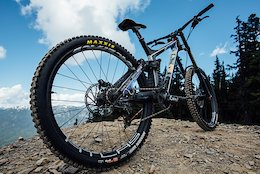 Race Face Launches New DH Wheels and Updates Bars - Enter to Win