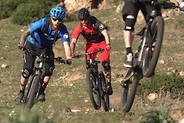 IFHT Ride Trek's eMTB in France - Video