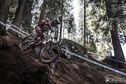 Loris Vergier had switched back to 27.5 wheel for the final WC of the season. It looks to be vindicated with a 3rd fastest today.