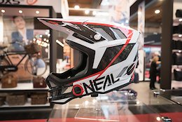 O'Neal's Magnetic Goggles and Greg Minnaar Signature DH Helmet - Eurobike 2017