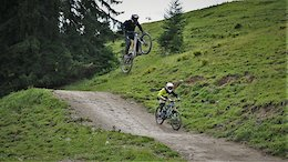 Elias Schwärzler Hucking Down the Hill for his Dream Girl - Video