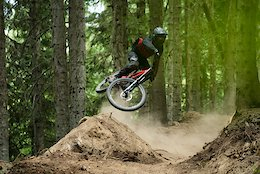 Flat Out Freeride in Les Arcs, France – Video