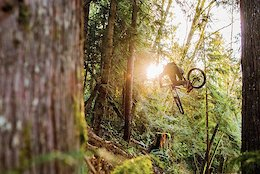 Brendan Howey Throwing His Infectious Style All Over the Sunshine Coast - Raw 100
