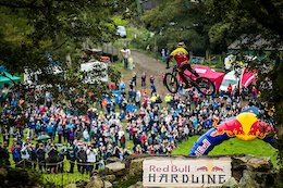 Sam Reynolds and Alex Fayolle Send it at Red Bull Hardline - Video