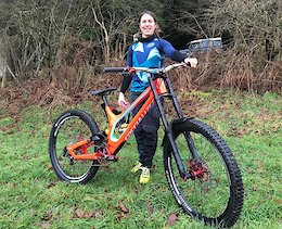 Katy Curd Signs with Specialized UK