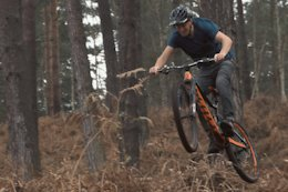 Brendog, Olly Wilkins & Toby Pantling Cut in a Fresh Track - Video
