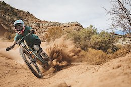 Carson Storch, Casey Brown, Aggy & Vanderham Take A Desert Vacation - Video