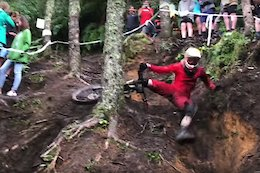 8 Minutes of Carnage from the Crankworx Rotorua Downhill Course - Video