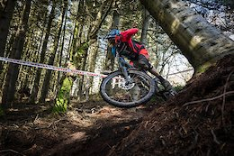 Tough and Tight Enduro Racing in Ireland - Video