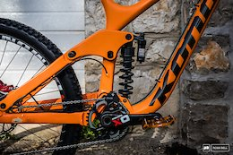Kona's New Operator Can Fit 29 or 27.5 Inch Wheels - Lošinj DH World Cup 2018