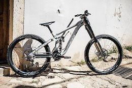 Scott's New DH Prototype Looks Closer To Production - Lošinj DH World Cup 2018
