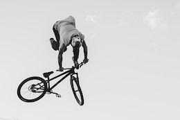 Godziek Brothers' Jump Sessions - Video