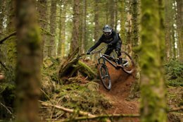 Ripping a Loamy Fresh Track in France - Video