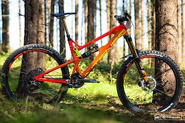 7 Bikes From Peaty's Steel City DH 2018