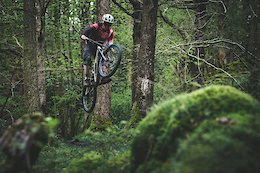 Photo: Joel Anderson Blasts Around Grizedale On A Stumpjumper
