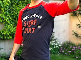 Mons Royale Redwood 3/4 Raglan T-Shirt. Photo: Alex Evans