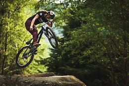 Video: Atherton Diaries Episode 25 - Dirt Jumps, Foxhunt & BBQs