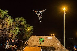 Video: The Night Harvest MTB & BMX Jam