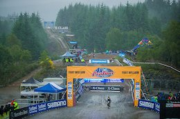 Video Round Up: Wild 4X Racing from Fort William