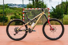 Bike Check: Yoann Barelli's Commencal Meta 29