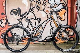 Review: Commencal's Supreme DH 29 is an Unflinching Race Weapon