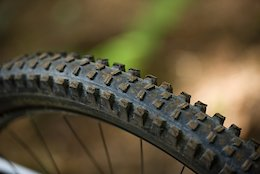 Review: e*thirteen's Updated TRS Race 29'' Tire
