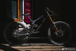Brand New Tech: The Sequence Downhill Bike - Crankworx Les Gets 2018