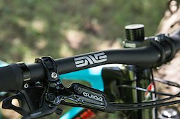 Review: Enve's New M7 Carbon Handlebar & Stem