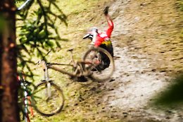 Raw Video: Muddy Off-Camber Sketchiness at the French National DH Championships