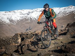 Piotr Krajewski on the 70km long ride from the peaks of the Sierra Nevada mountains to the shore of Mediterranean Sea with his Dartmoor Bluebird trail bike.  Photo by DirtItMore - www.facebook.com/DirtItMore