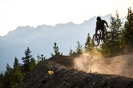 Video: Evenings on a Brand New Flow Trail in Fernie, British Columbia