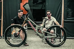 Video: The Finer Points of Greg Minnaar's Bike Setup in 'Between Two Puzzlers'