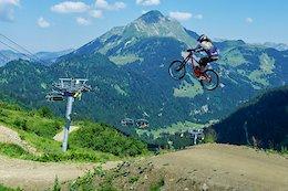 Kyle Jameson & Damon Iwanaga Shred Châtel Bike Park