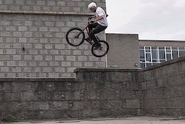 Video: Ben Travis Hits The Streets of Aberdeen