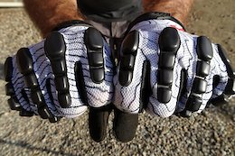 Review: G-Form Pro Trail Gloves