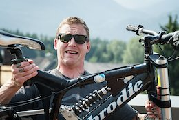 Poll: Once and For All, How Much Should a Mountain Bike Weigh?