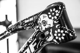 Sam Hill's Custom 'Día de Muertos' Nukeproof Mega 275c